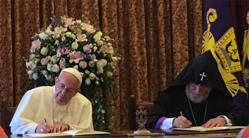 voyage,pape,françois,arménie,signature,déclaration commune,catholicos,karékine ii