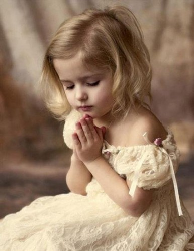 poésie,enfant,petite fille,prière,Marie