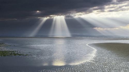 beaches-sun-rays_1a.jpg