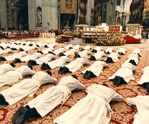 sacerdos-in-aeternum-5a.jpg