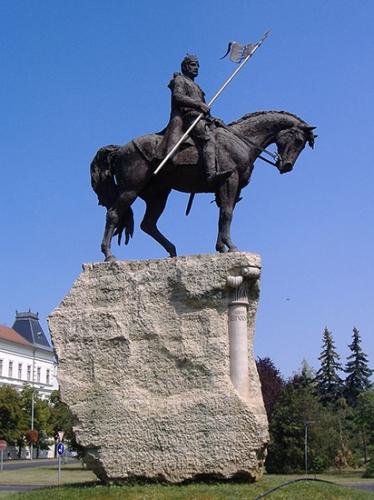 Saint_Etienne_Hongrie_statue_1b.jpg