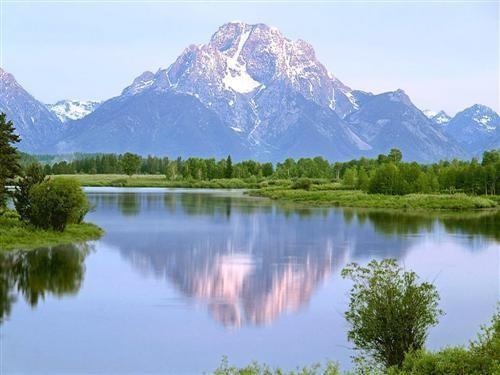 Montagne_lac_neige.jpg