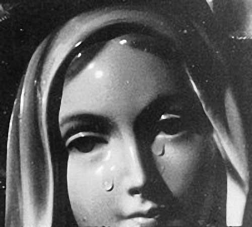 veillée de prière,essuyer les larmes,pape,François,reliquaire,Notre-Dame des larmes,Syracuse