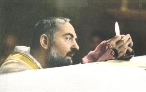 Messe_Padre-Pio_6a.jpg