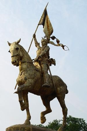 Sainte_Jeanne-d-Arc3.jpg