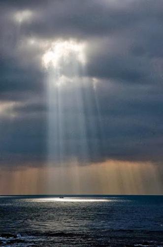 Imitation,Jésus-Christ,prière,ténèbres,lumière,vérité,grâce,paix,piété,amour