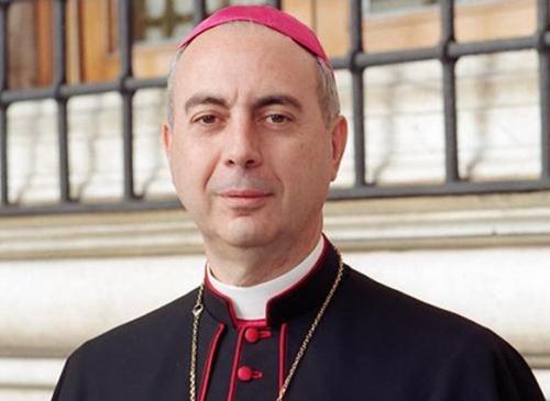 Cardinal_Mamberti.jpg
