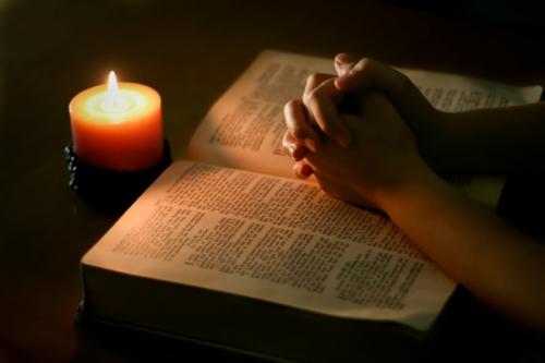 bible-priere_2a.jpg