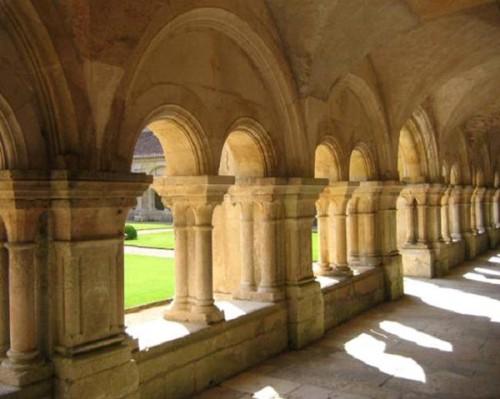 Fontenay-cloitre-a.jpg