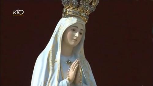 place st pierre,messe,journée mariale,consécration,monde,cœur immaculé,marie,pape,françois
