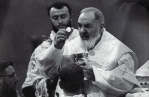 Messe_Padre-Pio_5a.jpg